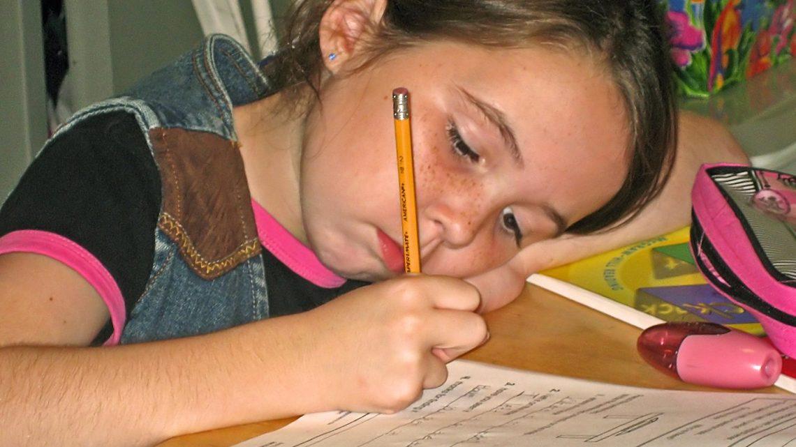 Sådan hjælper du dit barn til at trives i skolen